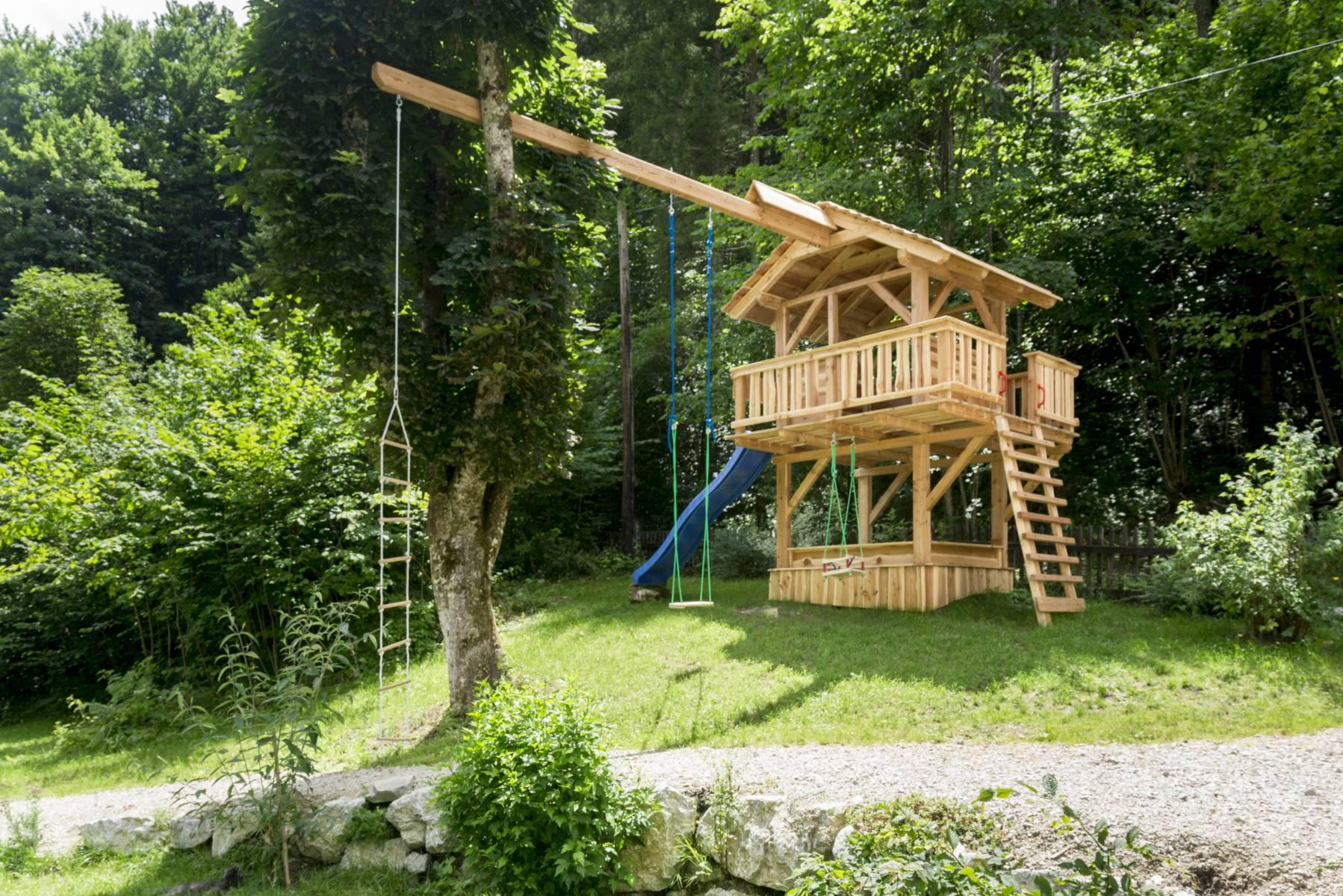 Spielhaus-2